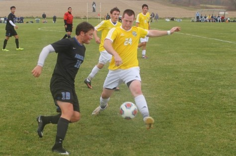 Muskie Soccer falls short on Senior Day