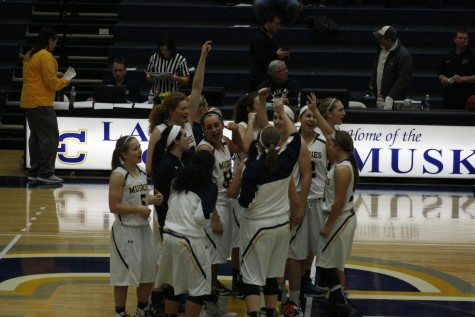 Muskie women defeat Concordia Chicago