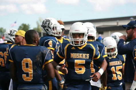 Gallery: Muskies on the field