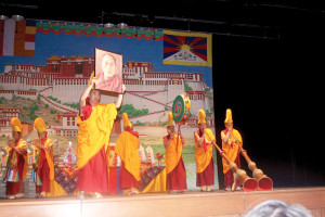 Buddhist monks display traditions to Lakeland