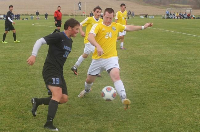 Muskie+Soccer+falls+short+on+Senior+Day