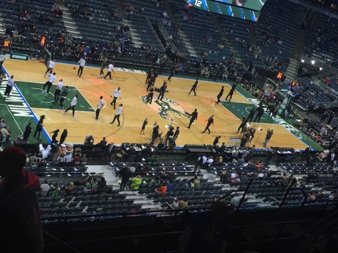 Students attend free Bucks game